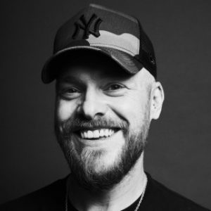 Profile photo of Robbie Tomkins