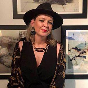 Profile photo of Lisa Grey